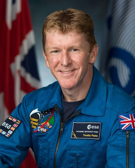 Timothy_Peake,_official_portrait (NASA Robert Markowitz)